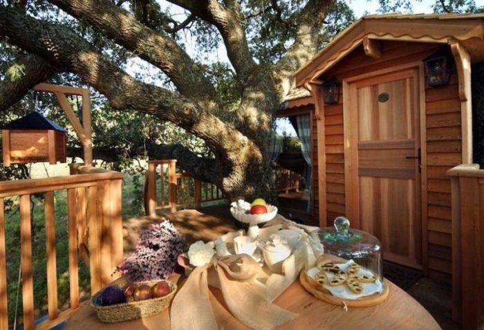 Открытая терраса служит идеальной гостиной на свежем воздухе (Suite Blue, отель La Piantata). | Фото: ilturista.info.