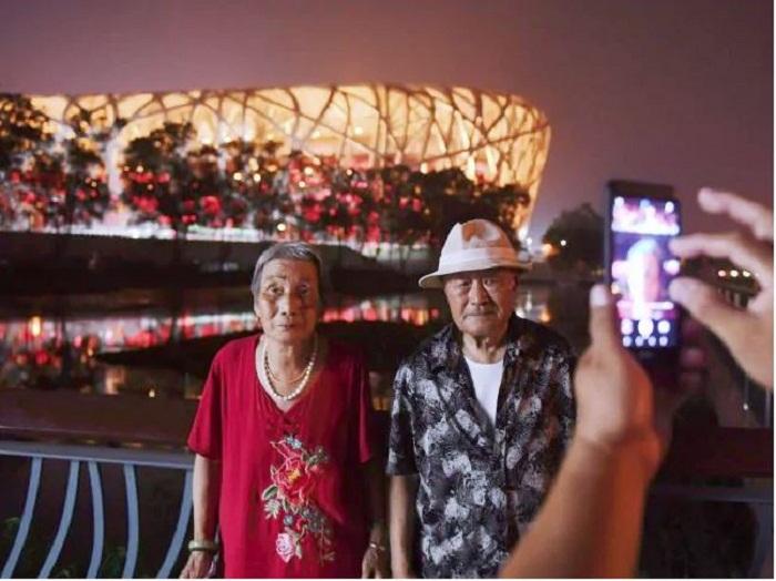 Главная арена летней Олимпиады «Птичье гнездо» иногда радует жителей страны и туристов большими спортивными праздниками (Пекин).