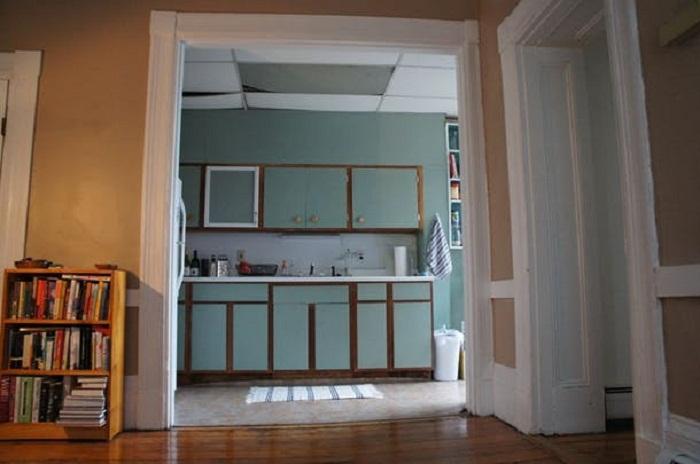 Непрактичная планировка кухни усложняла процесс преобразования.