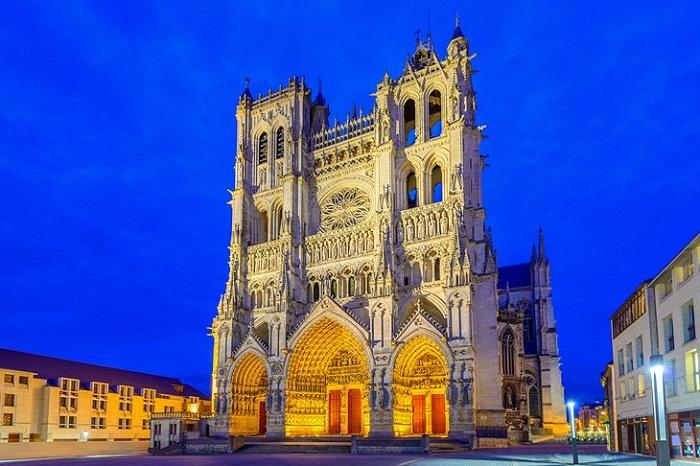 Кафедральный собор Нотр-Дам Амьена (Франция).