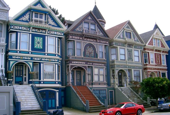 К началу прошлого века улицы Сан-Франциско заполонили разноцветные дома («Painted Ladies»). | Фото: yokohamabanelni.blog.hu.