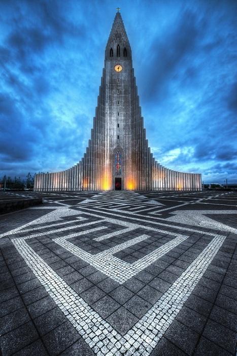 Церковь Халлгримура в Рейкьявике (Исландия).