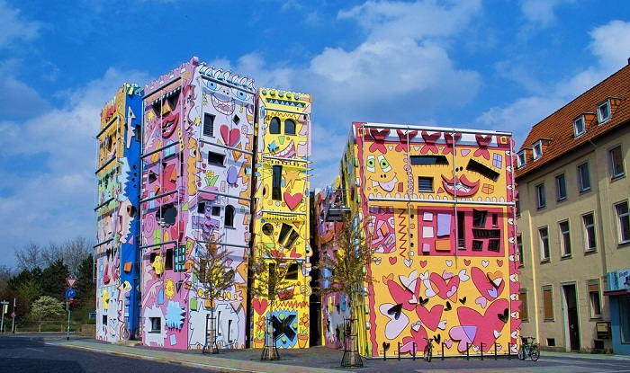 «Happy Rizzi House» – самый жизнерадостный дом в мире (Брауншвейг, Германия).