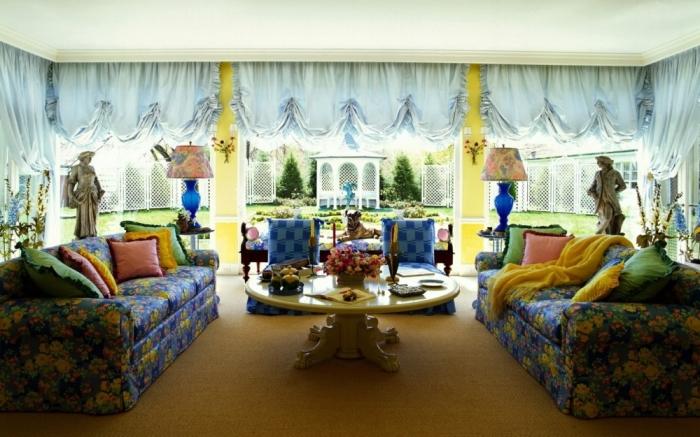 Подчеркнуто откровенный глумеж над роскошными интерьерами в домах новоиспеченных богачей. | Фото: hdinterior.ru.