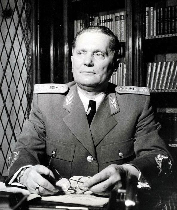 Иосип Броз Тито – югославский лидер.