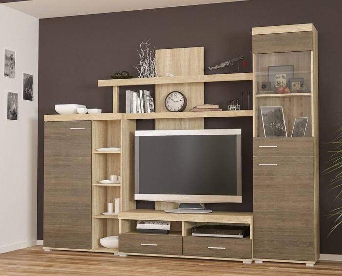 Лучше отдавать предпочтение мебели европейских производителей и ламинированной.