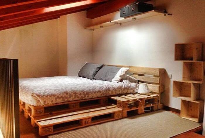 Подиум для кровати.
