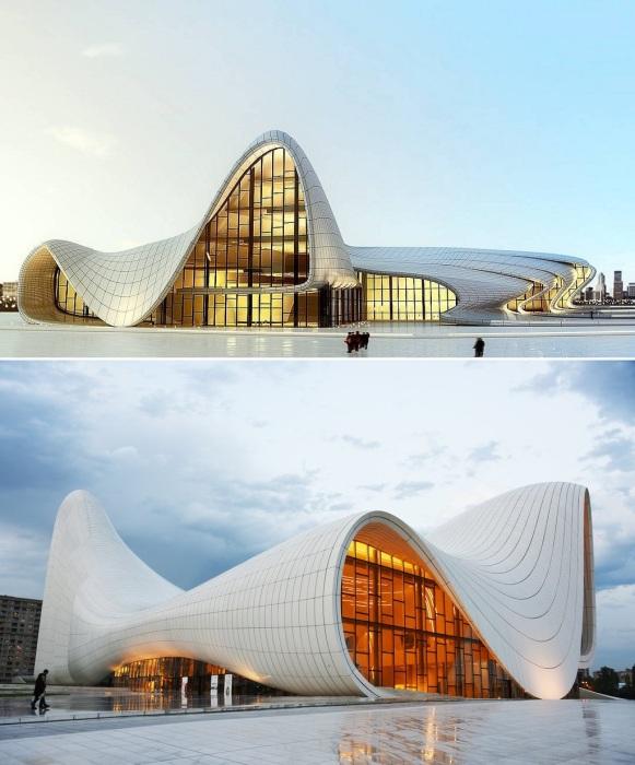 Шедевр архитектуры от несравненной Захи Хадид («Центр Гейдара Алиева», Баку).