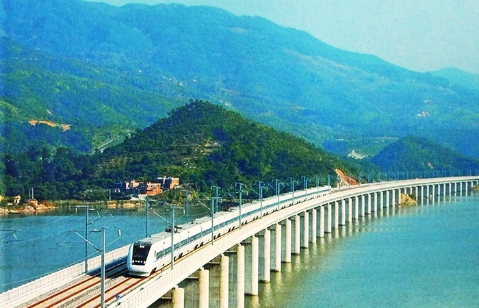 Даньян-Куньшаньский виадук соединил города Шанхай и Нанкин