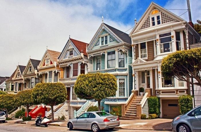 Красочная достопримечательность Сан-Франциско: викторианские дома «Painted Ladies». | Фото: amusingplanet.com.