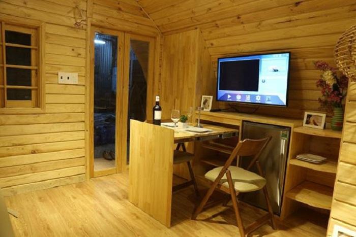 Один из вариантов создания обеденной зоны из кухонной тумбы-трансформера. | Фото: nguoi-noi-tieng.com.