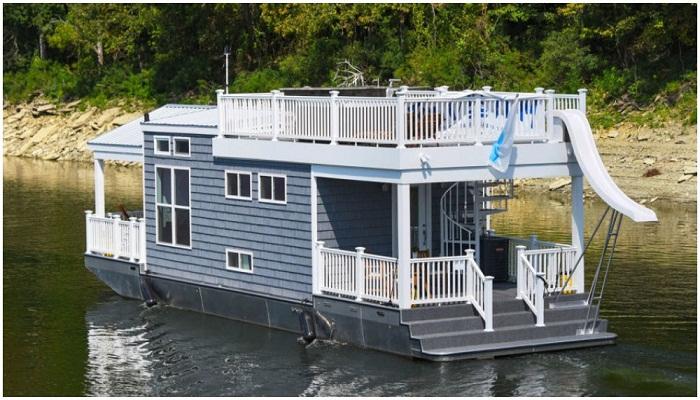 Новинка летнего сезона – плавучий домик на озере Камберленд (США).