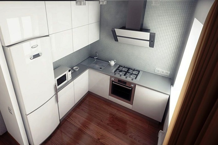 Холодильник может быть узким и высоким.