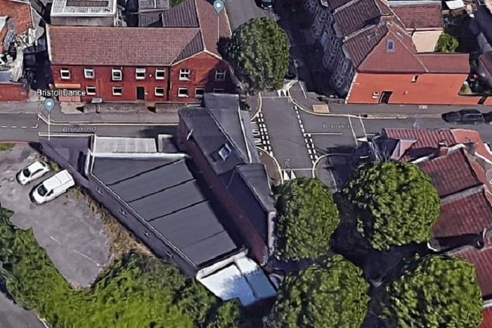 Вид на узкий дом с высоты птичьего полета (Бристоль, Великобритания). | Фото: 7ooo.ru.