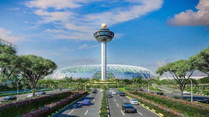 Singapore Changi Airport шестой раз подряд стал победителем в конкурсе Skytrax World Airport Awards.   Фото: mirputeshestvii.ru.