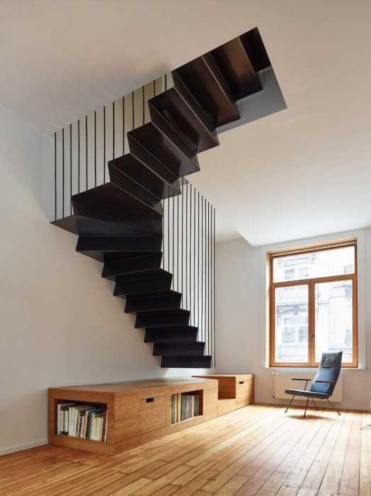 Подвесная конструкция металлической лестницы тоже сможет произвести ошеломляющее впечатление. | Фото: mymodernmet.com.