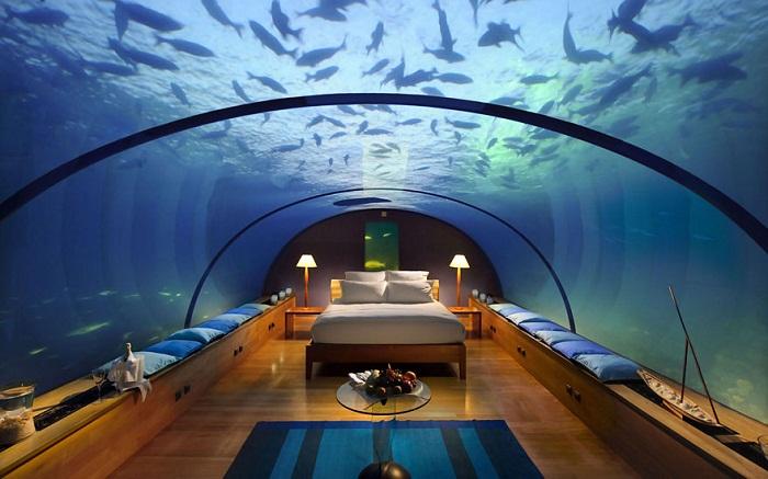 Номер виллы, расположенный в воде (Отель Conrad Maldives).