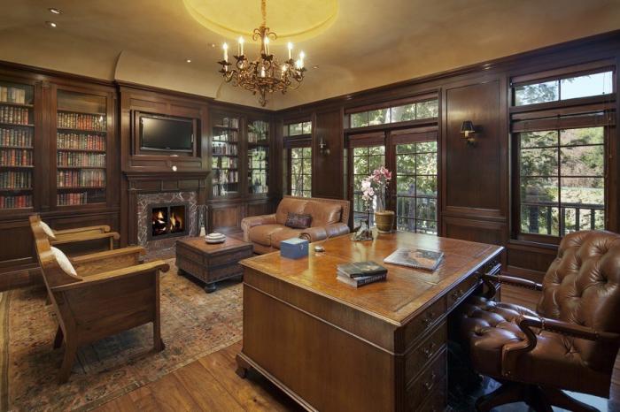 Кабинет Джек Уорнер в особняке «Warner Estate» в Беверли-Хиллз (Лос-Анджелес, США). | Фото: variety.com.