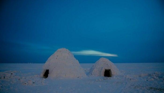 Чем меньше иглу, тем теплее и комфортней будет внутри. | Фото: vesti.ru.