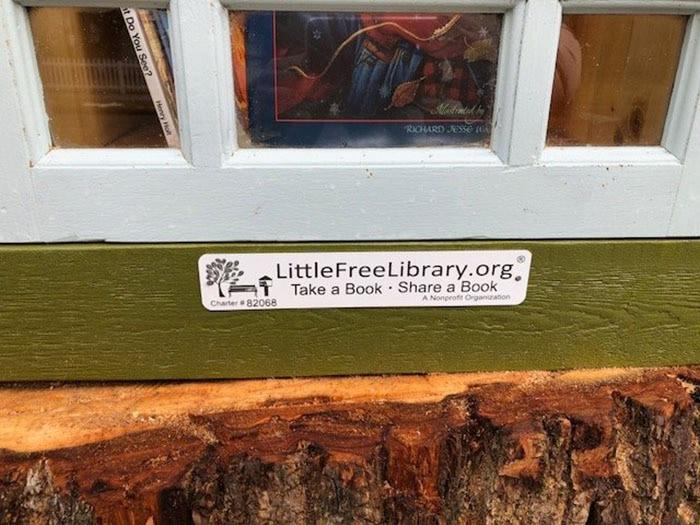 Little Free Library вскоре появится на карте мини-библиотек одноименной международной организации (Кер-д'Ален, США). | Фото: lemurov.net.