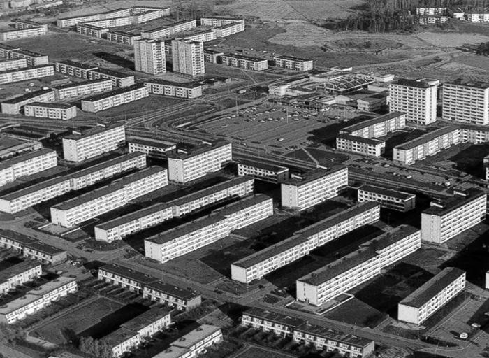 Панельное строительство стало настоящим спасением для многих европейских стран в послевоенный период (1950-1960 гг.). | Фото: brfhaggen.se.