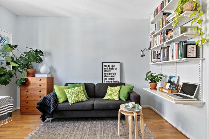 Гостиная зона в минималистской квартире Стокгольма. | Фото: vk.com/ © kvartirastudia_ru.