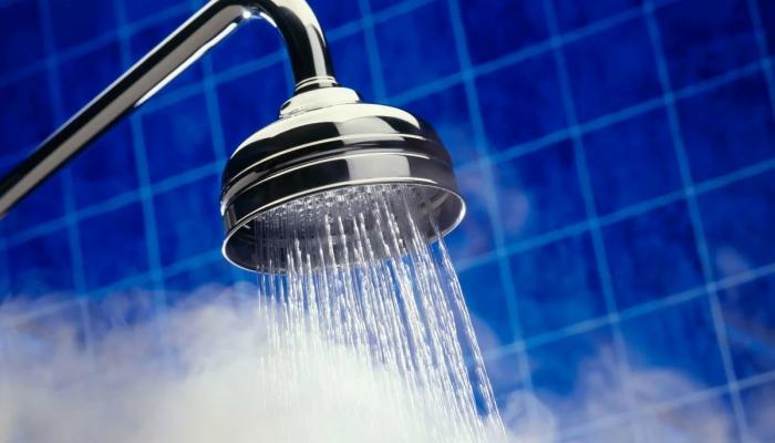 Горячий душ от жары. / Фото: ru.al-ain.com