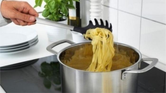 Ложка для спагетти. / Фото: 21vek.by