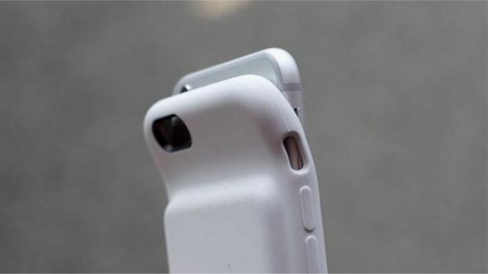 Силиконовые чехлы ВСЕГДА перегревают устройство. / Фото: iphones.ru