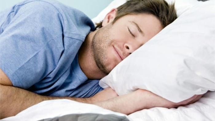 Не стоит слишком много спать, когда ты взрослый. / Фото: iphones.ru