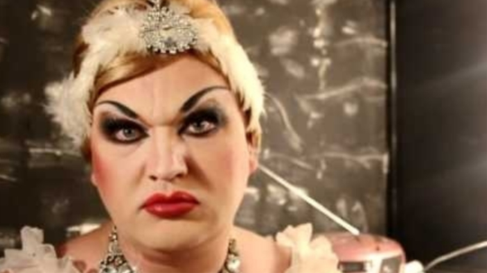 Это я-то транссек? Щас мы, муЩЩина, с вами будем шо-то решать... / Фото: youtube.com