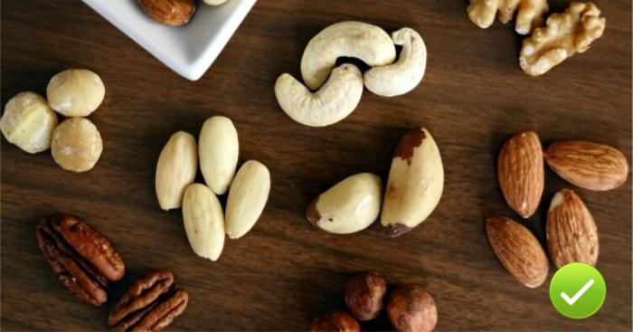 Орехи снижают сахар и это отличный перекус.
