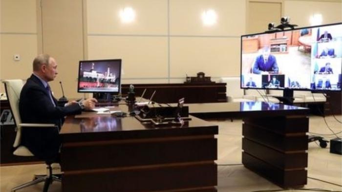 Так выглядит кабинет Путина на удалёнке. / Фото: gordonua.com