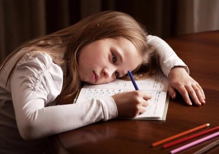 Любой родитель мечтает, чтобы его чадо училось хорошо. / Фото: zen.yandex.ru