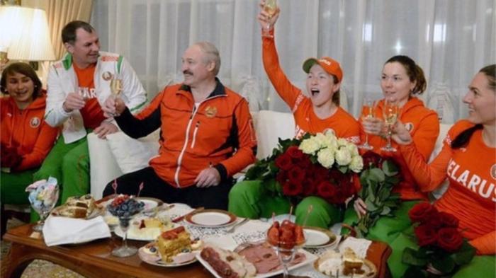 Лукашенко за здоровое питание. / Фото: the-village.me/