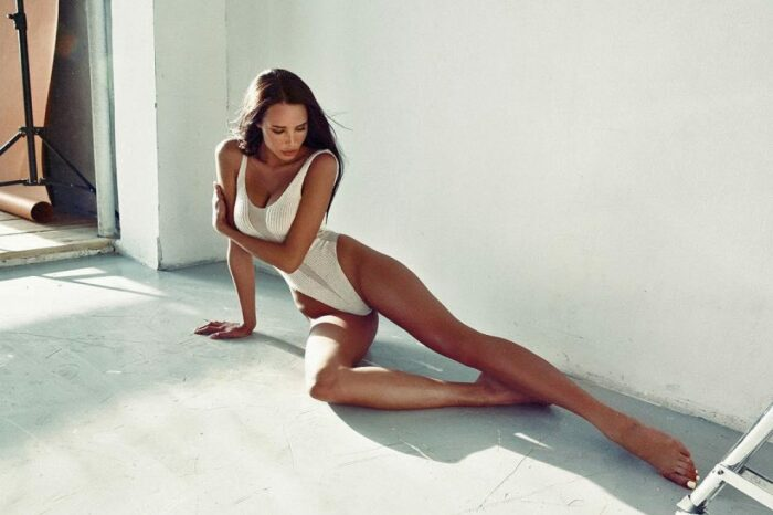 Эта модель удлинила ноги аппаратом Илизарова. / Фото: 300experts.ru