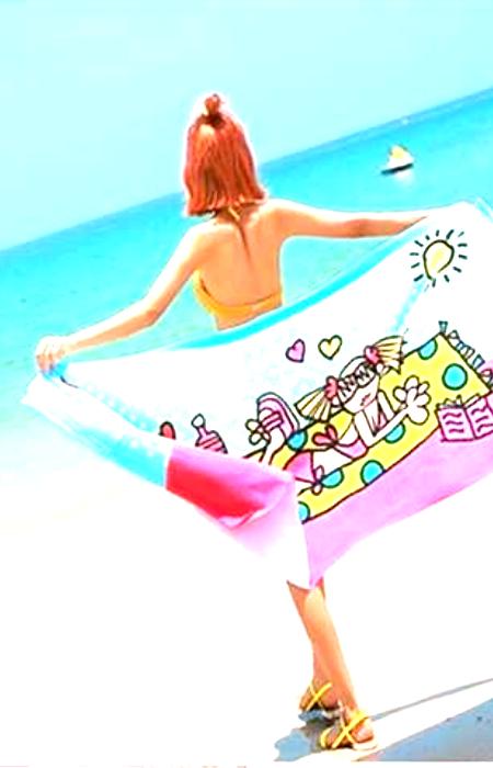 Не вытряхивайте полотенца от песка около других людей. / Фото: aliexpess.com