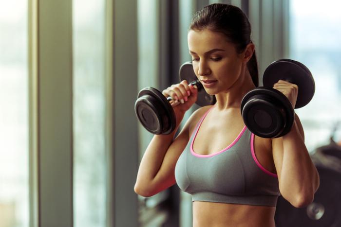 Разве цель фитнеса - буть Дусей-агрегат?! / Фото: goldsgym.ru