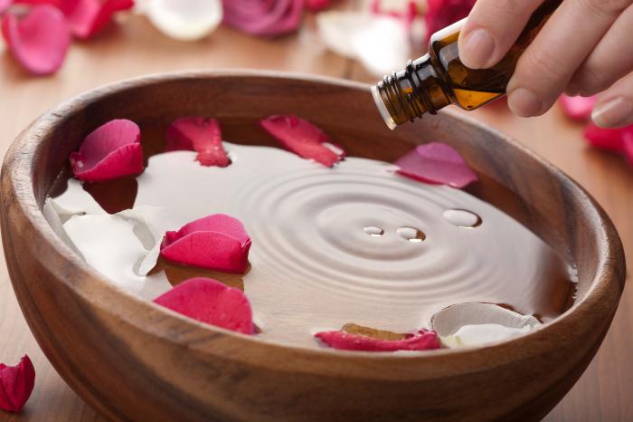 Эфирные масла против бессонницы используют с древности. Источник фото: impaza.ru