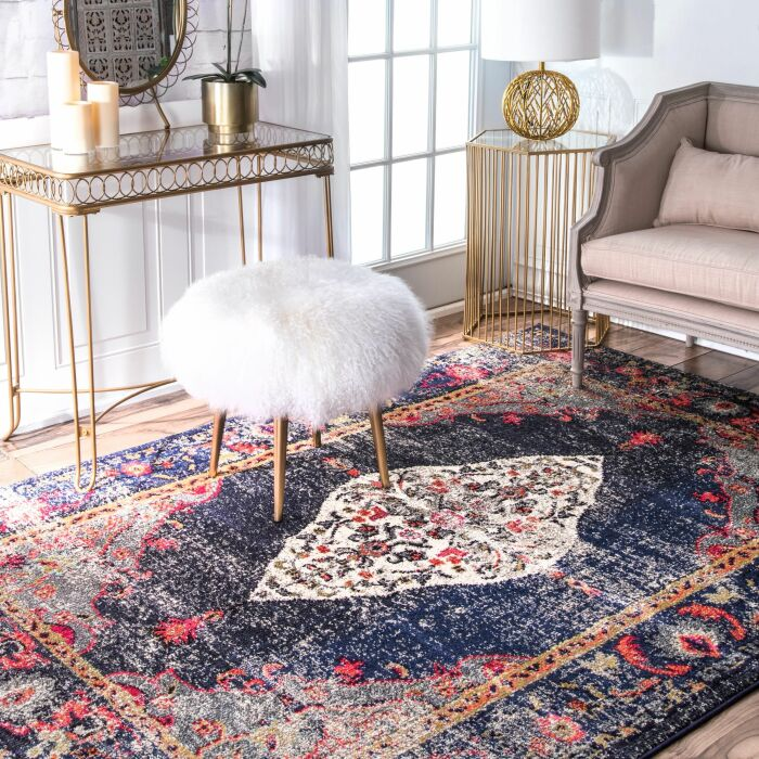 Стоп! А какой тогда смысл во всей этой новой мебели?! / Фото blog.postel-deluxe.ru