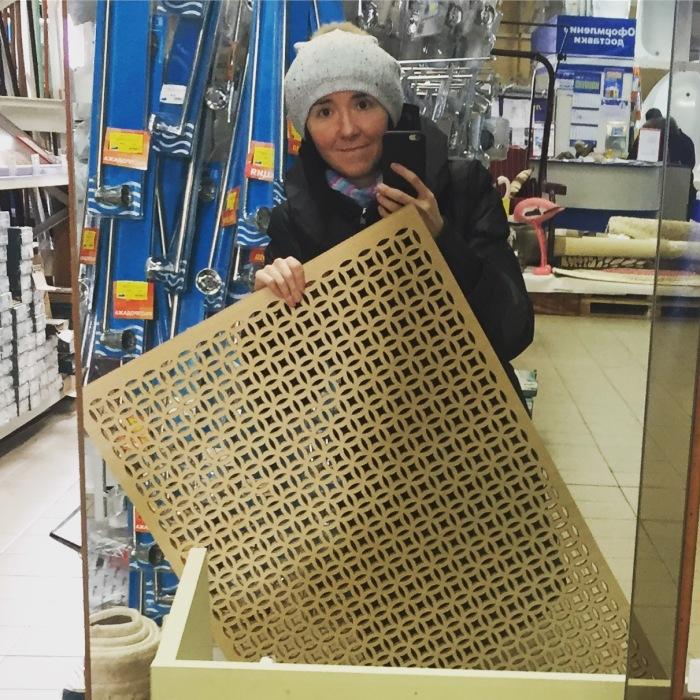 Такие панели, как правило, продаются в размере 70*100 см.