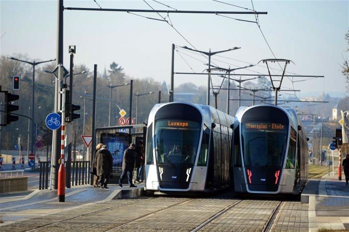 Общественный транспорт в Люксембурге бесплатен. / Фото: luxembourgtrams.com