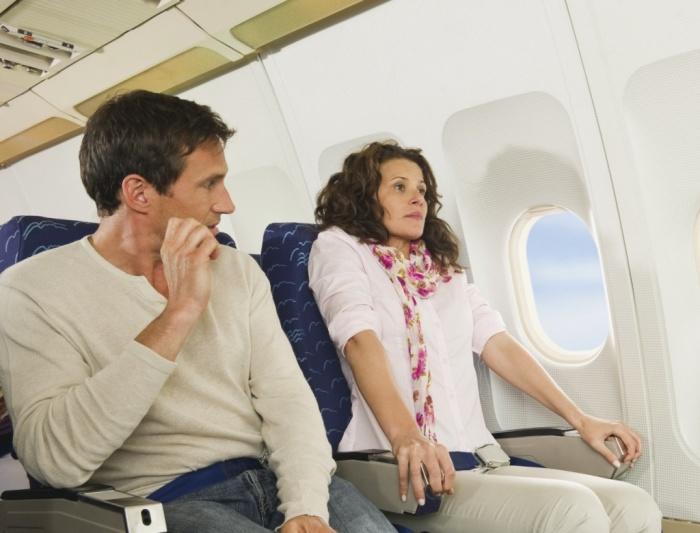 Паники в самолётах - прискорбная классика жанра.