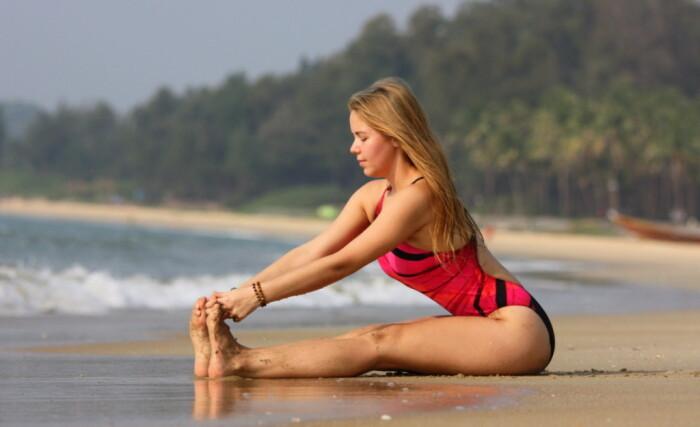 Упражнения для хорошей осанки. / Фото: yoga.ru