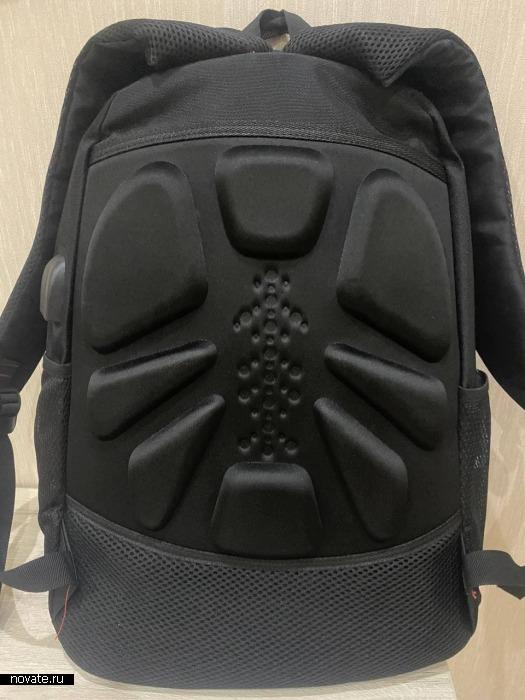 Ортопедическая спинка рюкзака.