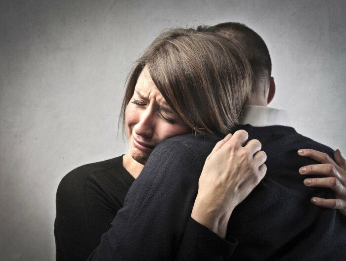 Плакать слишком часто - признак старения. / Фото: tugulympu.ru