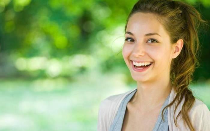 Улыбка, как правило, обезоруживает хамов. / Фото: i.5sfer.com