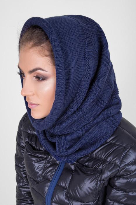 Современный женский капор - стильный головной убор. / Источник фото:ua.prom.st