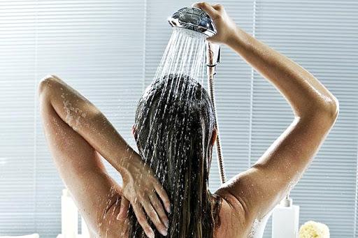Утренний душ обязателен! / Фото: promedicinu.ru