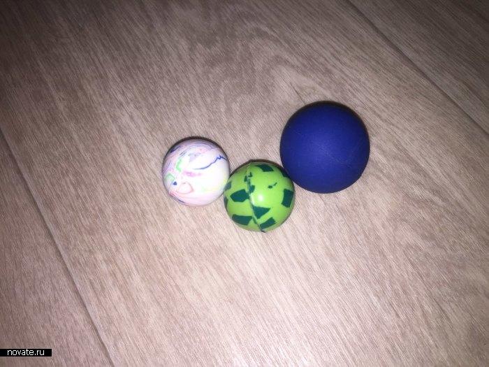 Мячи-прыгуны разных размеров.